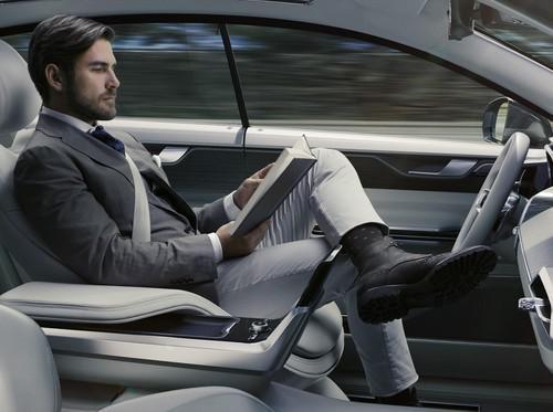 Perusahaan Asuransi Inggris Berani 'Cover' Mobil Otonom