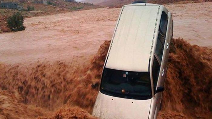 Musim Hujan, Yuk! Kenali  Manfaat Asuransi Banjir