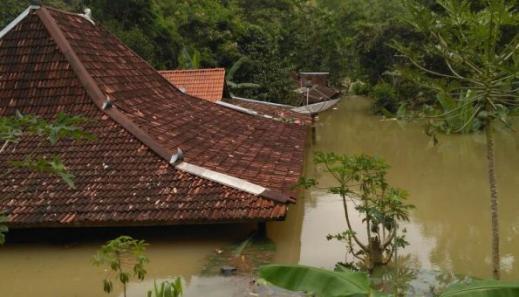 Mempersiapkan Keuangan Kita Untuk Bencana Alam