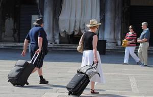 Tips Traveling Murah ke Eropa
